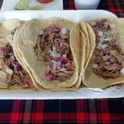 3 Tacos de Birria