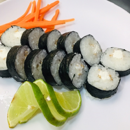 Sushi Queso Roll