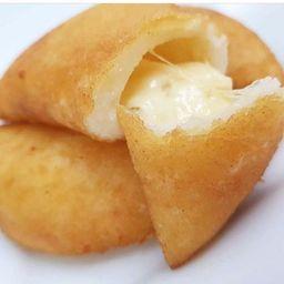 Empanada de queso blanco