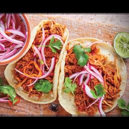 Comida con Tacos de Cochinita