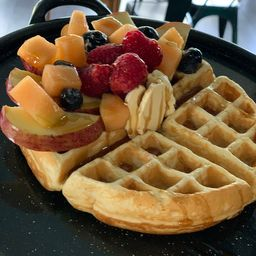 Waffle Fruta Mixta