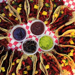 TacoPack de Bistec y 4 Aguas Frescas Del Día