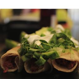 Tacos dorados de marlin