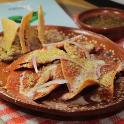3x2 Chilaquiles Suizos