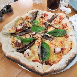 Pizza de Pulpo y Hongo Portobello