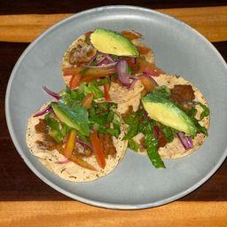 Tacos de Salpicón de Kastakan