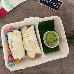 Burrito Cerdo Salsa Verde.