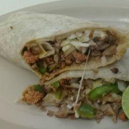 Burrito de Bistec con Chuleta
