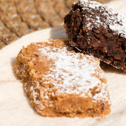 Brownie de Garbanzo y Cacahuate