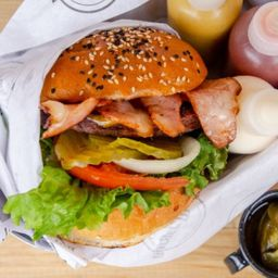Bacon Wrapped Burger 150 Grs