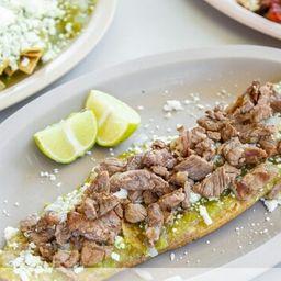 Huarache Bistec con Huevo