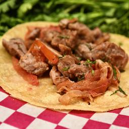 Taco de Arrachera a la Mexicana