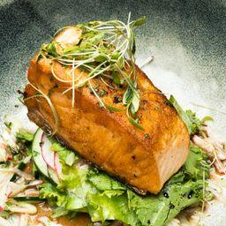 Bowl Pura Vida Salmon
