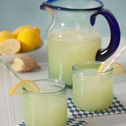 Agua de Albahaca, Jengibre y Limón 1 l
