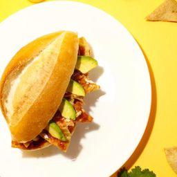 Torta de Chilaquiles Sencilla