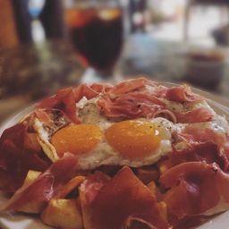 Huevos Rotos con Proteína