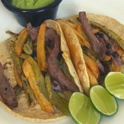 Tacos de Arrachera con Papas Fritas
