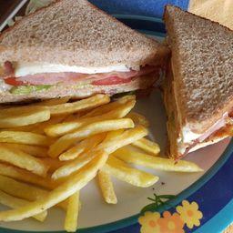 Sándwich Doble