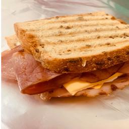 Sándwich Queso & Bacon