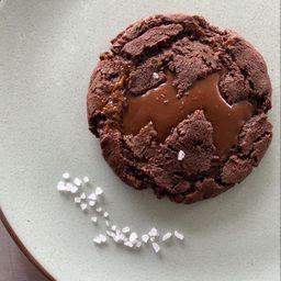 Chocolate oscuro y dulce de leche