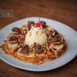 Waffle Banana Canela