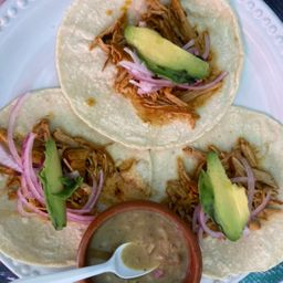 Tacos de Cochinita Tradicional de la Región