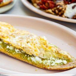 Huarache de Huevo con Longaniza