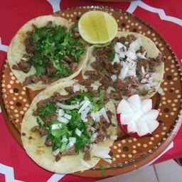 Tacos de Bisteck