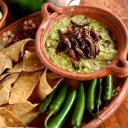 Guacamole con Chapulines Oaxaqueños