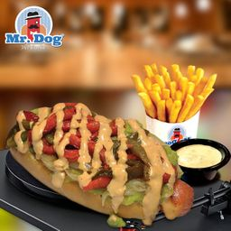 Mexican Hot Dog + Papas & Bebida