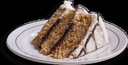 Pastel Chocolate con Betún de Vainilla