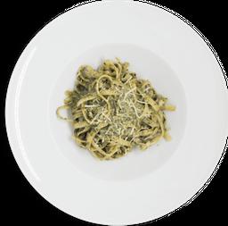 Pasta Fettuccine al Pesto