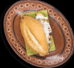 Torta de Chilaquil