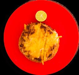 Panucho de cohinita pibil con queso
