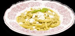 Linguini con Salsa Poblana
