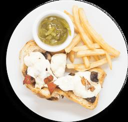 Sándwich abierto de hongos y mozzarella fresca