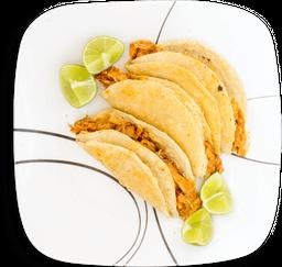 Tres Tacos Suaves de Cochi-nita
