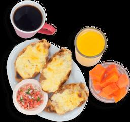 Desayuno Universitario y 3 Hot Cakes de REGALO