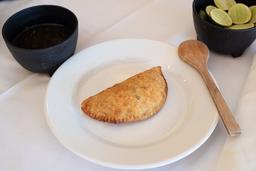 Empanada de Queso con Elote