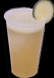 Agua de Pepino con Limón