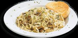 Alfredo Mushroom Pasta