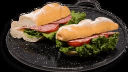 Baguette Rústico de Salami y Gouda