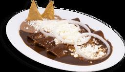 Enchiladas con Mole