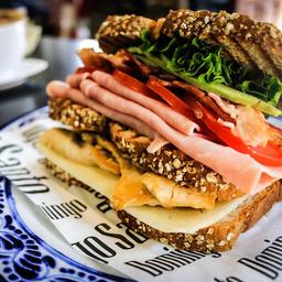 Domingo Sándwich
