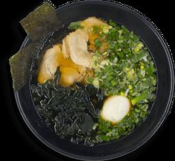 Ramen Shoyu (Fideo Tradicional) 1/2 Porción