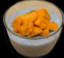 Pudin de Chia y Leche de Coco con Mango