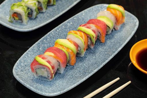Sushi Rainbow Roll 8 Piezas