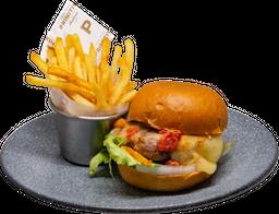 Primitivo Classic Burger