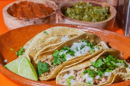 Orden de Tacos de Carnitas