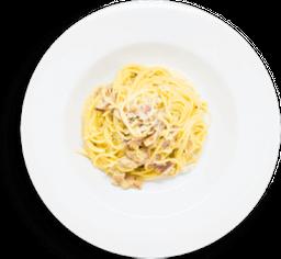 Spaghetti Carbonara + Bebida